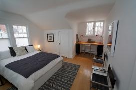 09-guest-room